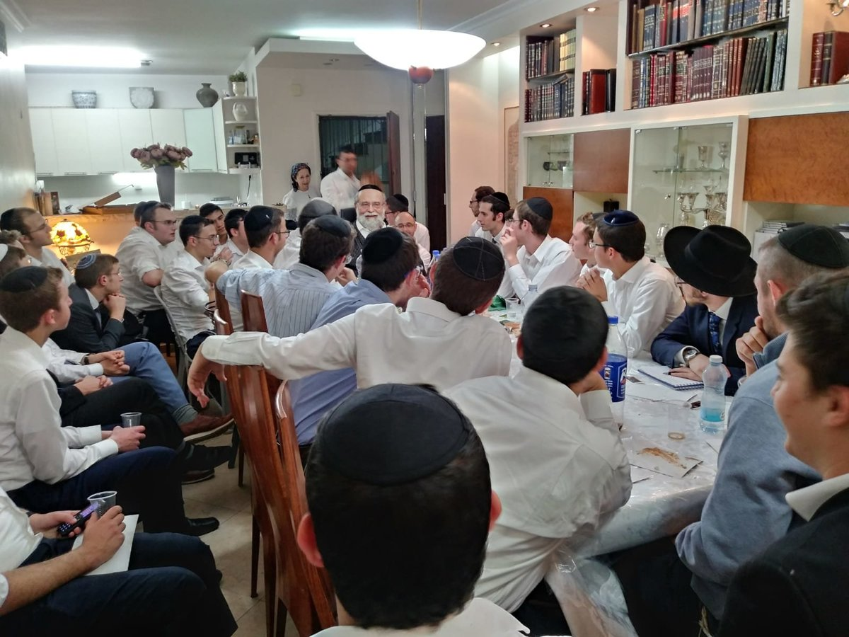 Special Melave Malka at the Home of Rav Blachman